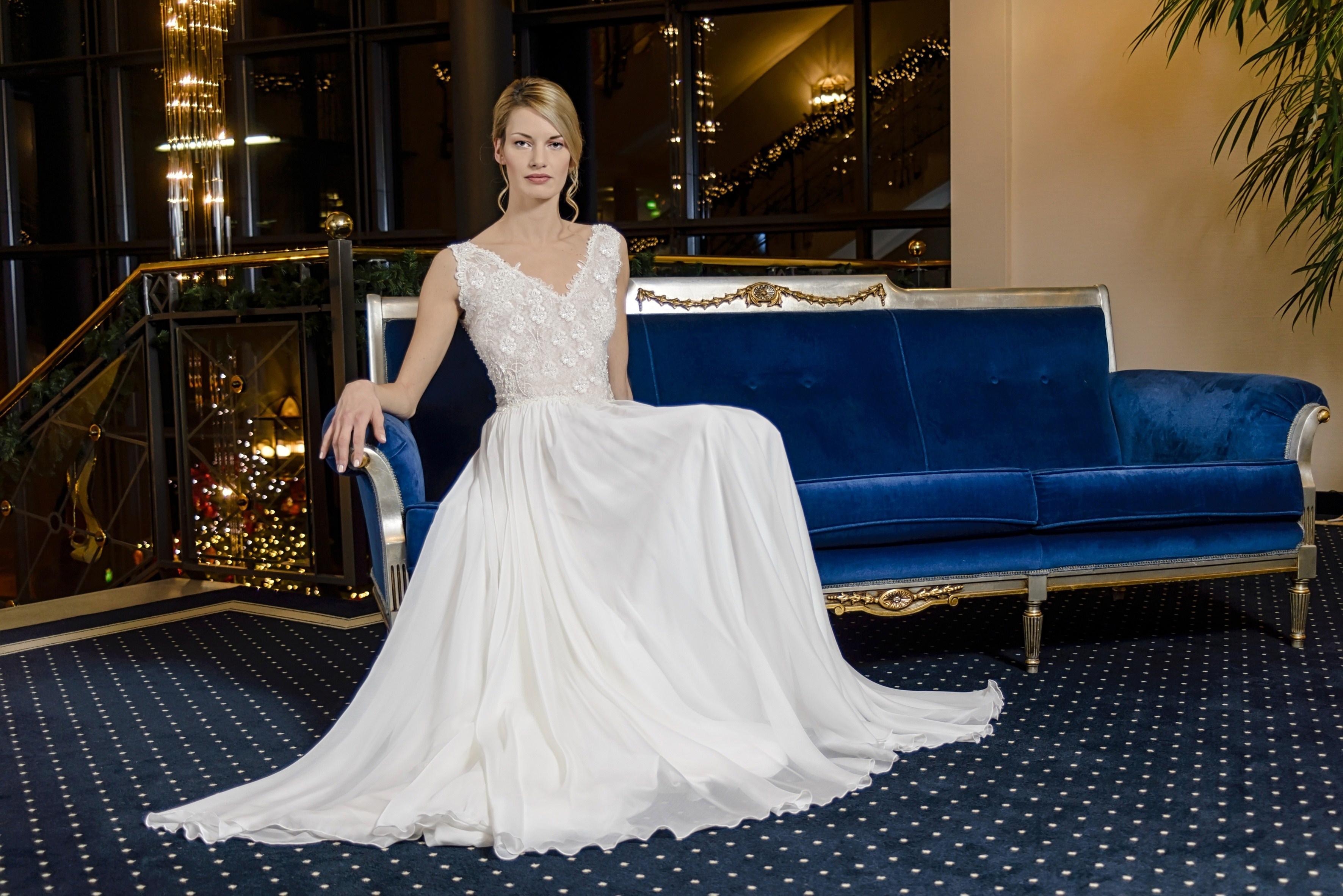 neuartiges Design 2019 rabatt verkauf günstig kaufen Brautmode Saarbrücken – Alexander Kappen Haute Couture ...
